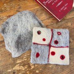 羊毛フェルトの「コースター」作品レポート